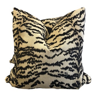 "Cowtan & Tout ""Rajah Black"" 22"" Pillows-A Pair For Sale"