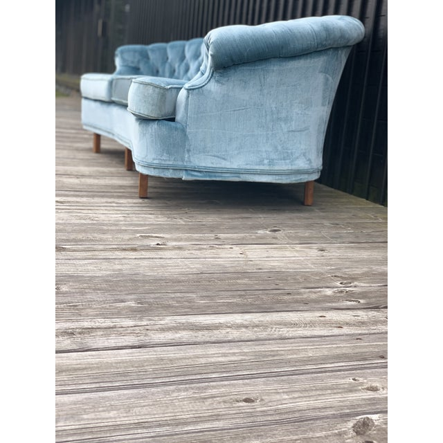 1950s Mid Century Modern Sky Tufted Blue Chesterfield For Sale - Image 5 of 13