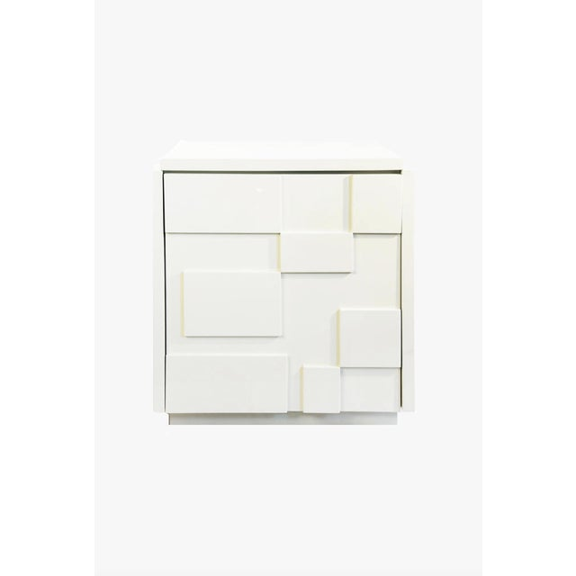 Contemporary Modernist Cubed White Lacquer Side Table For Sale - Image 3 of 3