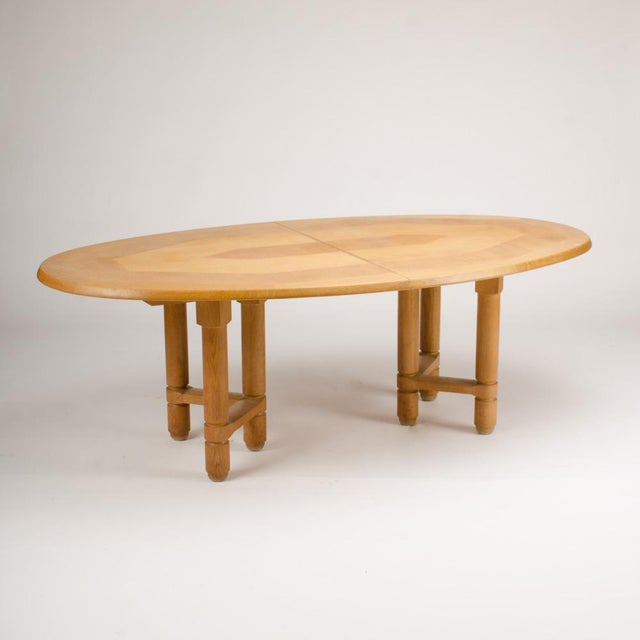 Guillerme et Chambron 1960s Guillerme Et Chambron Solid Oak Extendable Dining Room Table For Sale - Image 4 of 5