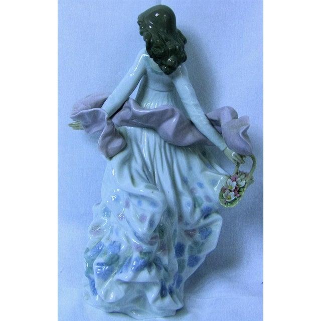 Lladro Spanish Porcelain Figurine of Spring Splendor (Retired) For Sale - Image 10 of 13