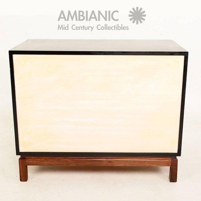 White Mid-Century Modern Cal Mode Dresser For Sale - Image 8 of 9