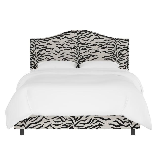 Queen Bed, Linen Zebra Cream Black For Sale In Chicago - Image 6 of 6