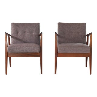 Mid Century Modern Jens Risom Lounge Walnut Amrchairs- a Pair For Sale