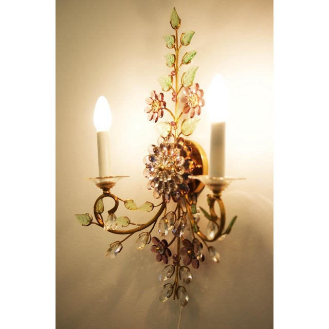 Green Austrian vintage crystal flowers wall sconce For Sale - Image 8 of 10