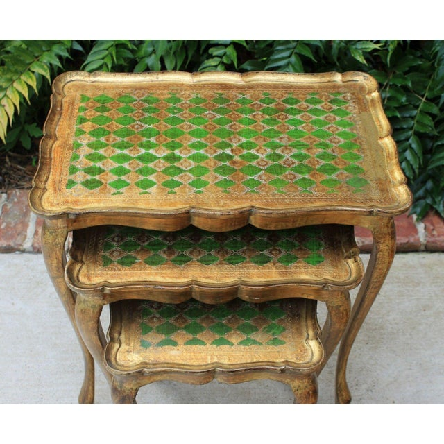 Vintage Italian Gold & Green Tole Nesting Tables Gilt Florentine Set of 3 For Sale - Image 4 of 13