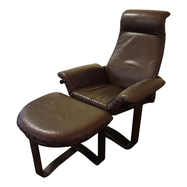 """Westnofa """"Manta"""" Chair with Ottoman For Sale"""