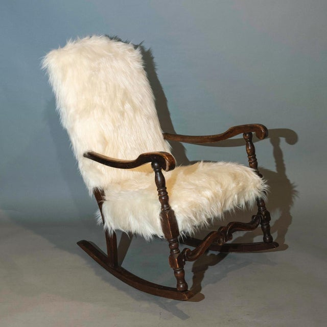 Vintage Traditional Curated French Rocker Chair For Sale In New York - Image 6 of 6