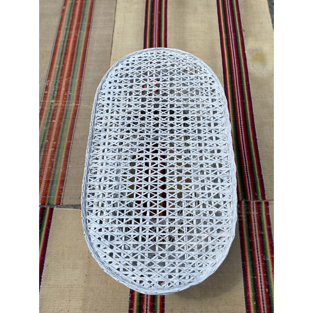 White Vintage Mid-Century Russell Woodard Spun Fiberglass Oval Patio Table For Sale - Image 8 of 12
