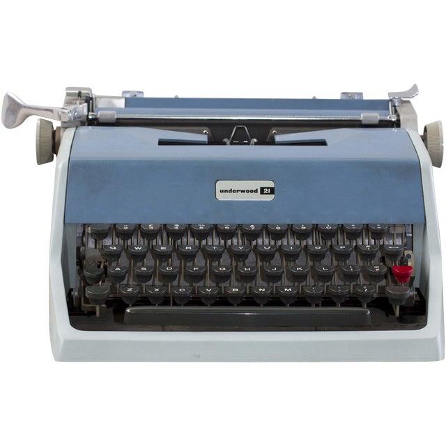 Vintage Underwood 21 Typewriter For Sale