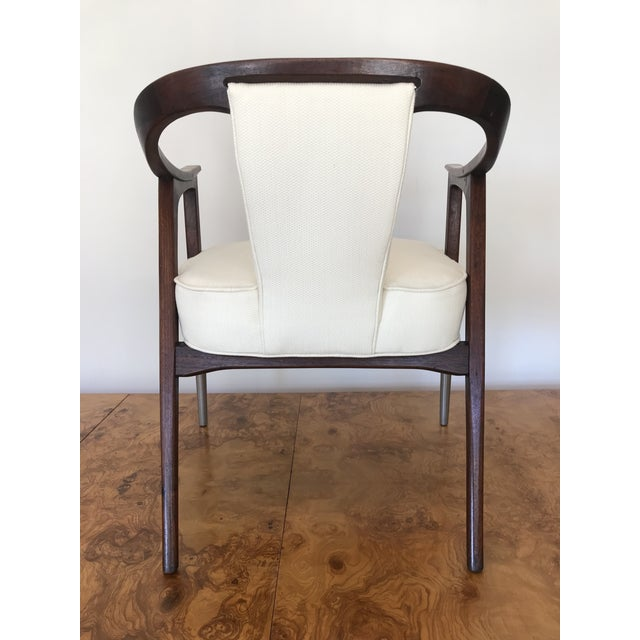 1950s 1950s Sculptural Mid-Century Modern Walnut Occasional Armchair Attributed to Gio Ponti Edward Wormley Home Office For Sale - Image 5 of 13