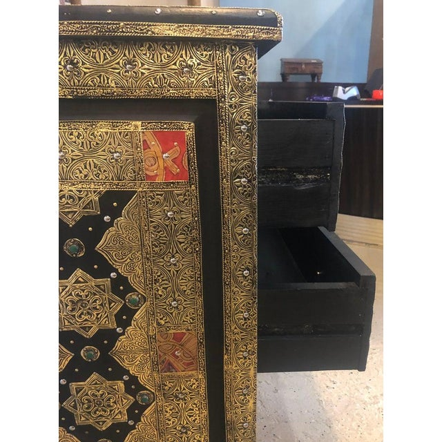 Pair Brass & Ebony Hollywood Regency Style Moroccan Commodes, Chests Nightstands For Sale - Image 12 of 13