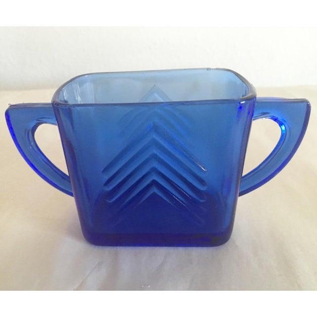 1950s Blue Glass Arrow Mug - Image 2 of 3
