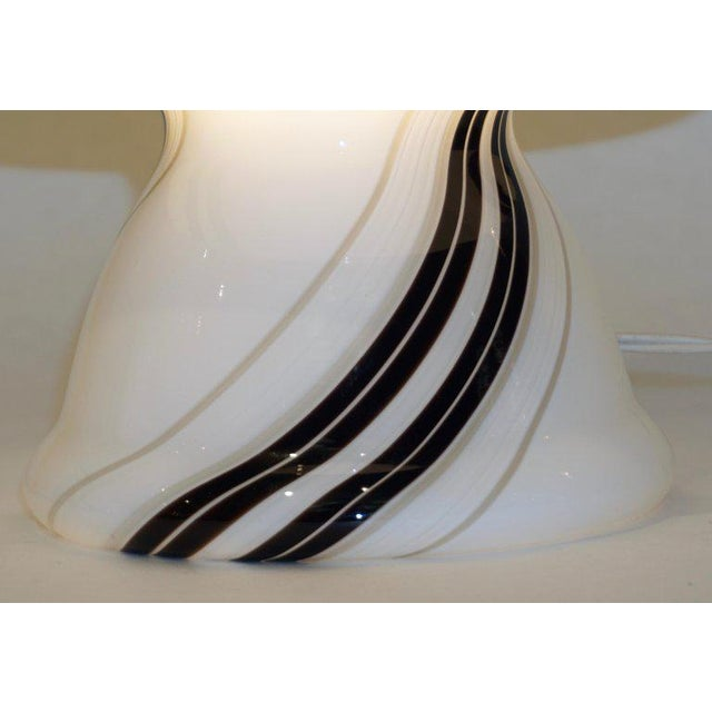 1970s Italian White Lamps With Black Gray Murrine Attributed to Vistosi - a Pair For Sale In New York - Image 6 of 8