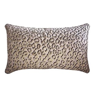 Upscale Pindler & Pindler Belgian Cut Velvet Cheetah Pillow. Inserts Included. For Sale