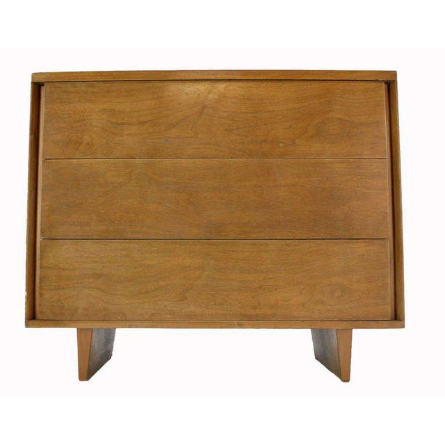 John Stuart John Stuart Mid-Century Modern Walnut Bachelor Three-Drawer Chest Dresser For Sale - Image 4 of 10