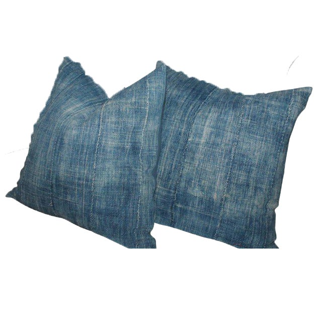 These fine blue pieced homespun linen pillows have robin egg blue linen backings and in great condition. The blue is...