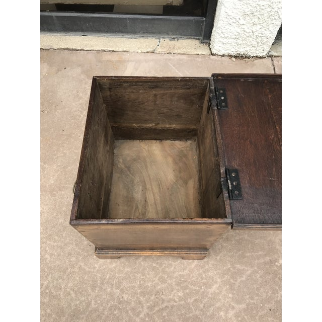 19th Century George III Oak Trunk For Sale - Image 6 of 8