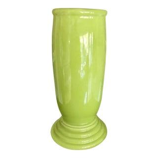 Vintage Mid-Century Fiesta Milleneum III Chartreuse Lime Vase For Sale