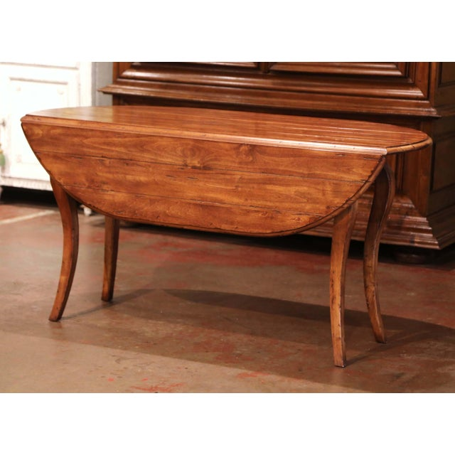 Vintage French Louis XV Carved Walnut Drop Leaf Oval Console Table For Sale - Image 9 of 11