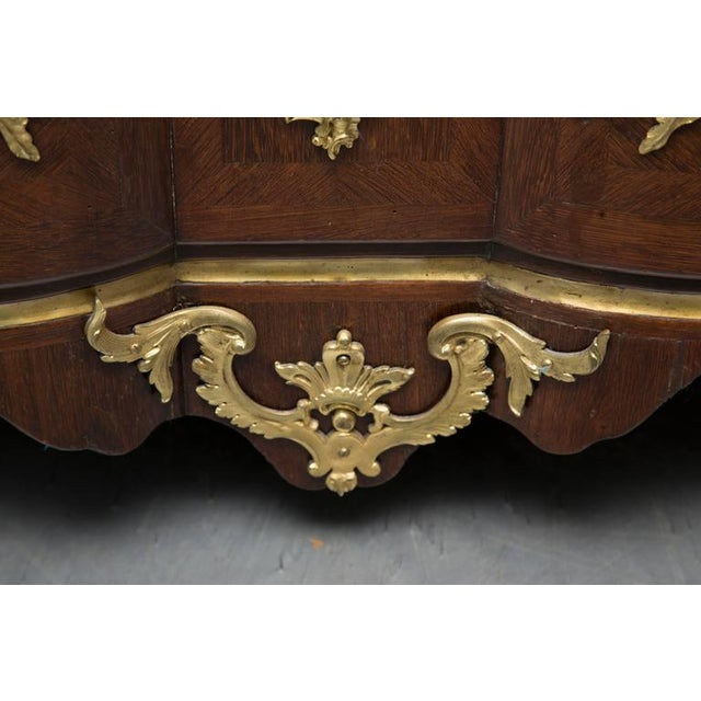 18th Century French Louis XV Kingwood Commode For Sale - Image 4 of 8