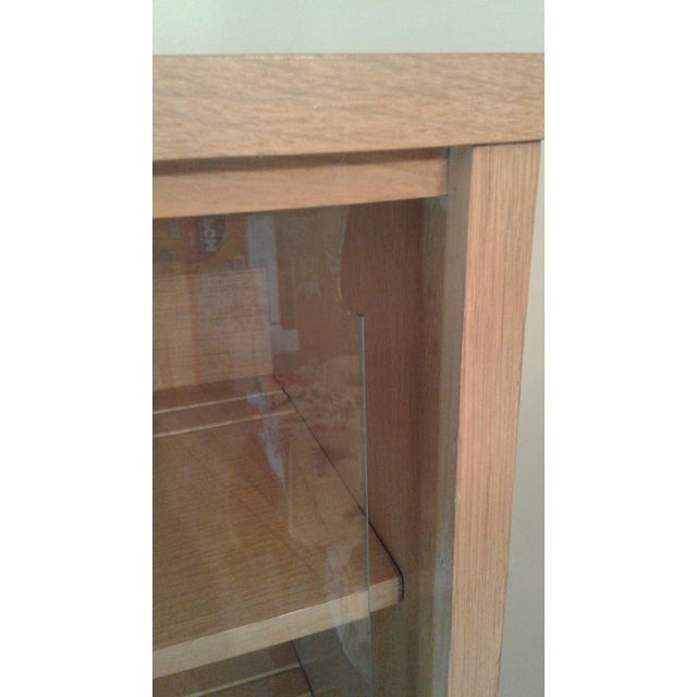 Stanley Mid-Century Modern China Cabinet - Image 8 of 10