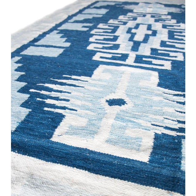 Boho Chic Blue & White Handwoven Geometric Rug - 5′ × 8′6″ For Sale - Image 3 of 4