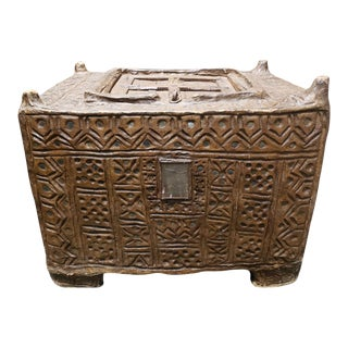 Late 18th/Early 19th Century South Indian Mughal Wood Dowry Chest For Sale
