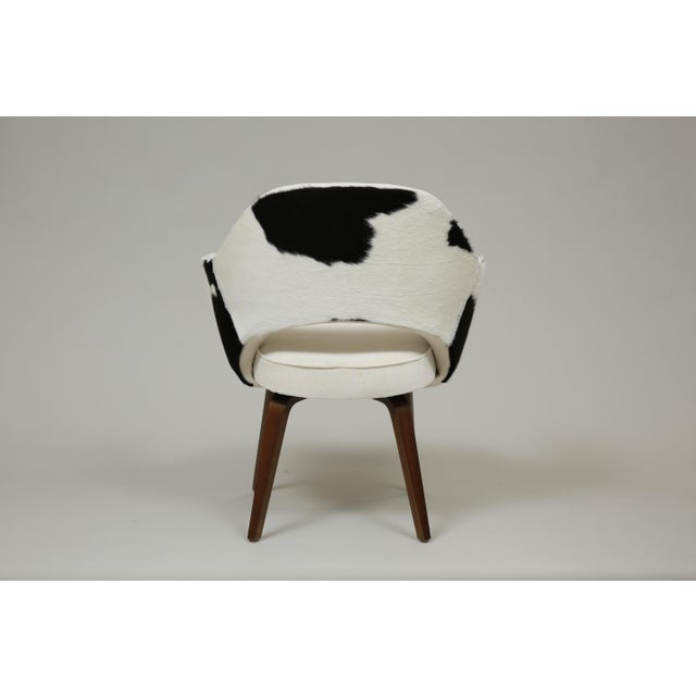 Knoll Saarinen Cowhide Executive Armchair For Sale In New York - Image 6 of 7