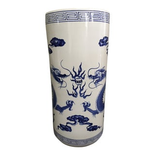 Vintage Chinoiserie Blue & White Dragon Umbrella Stand For Sale