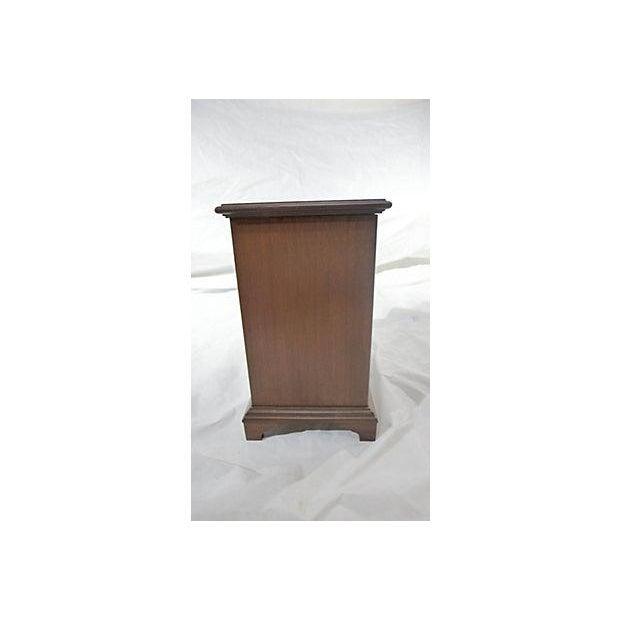 Diminutive Mahogany Dresser Box - Image 5 of 7