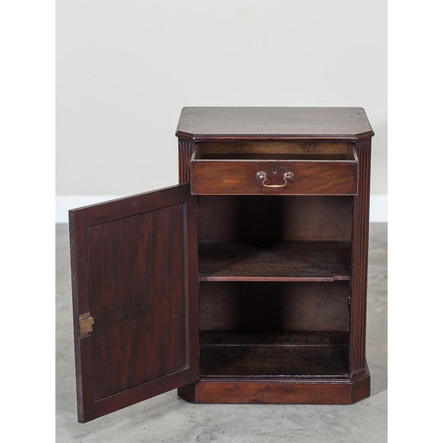 Late 18th Century George III Antique English Mahogany Cabinet circa 1780 For Sale - Image 5 of 10