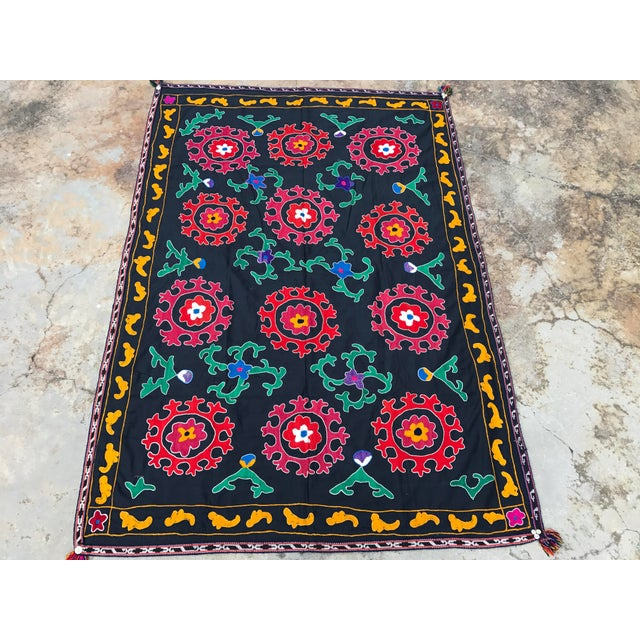 Antique Red & Green Floral Pattern Suzani Textile - Image 3 of 6
