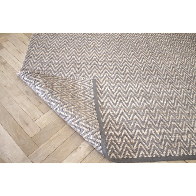 2010s Modern Chevron Gray Wool and Natural Fiber Rug 8x10 For Sale - Image 5 of 7
