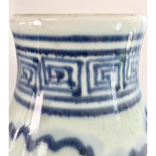 Early 21st Century Chinese Blue and White Double-Gourd Form Porcelain Vases - a Pair For Sale - Image 5 of 10
