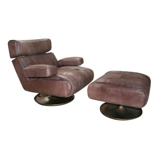 Osvaldo Borsani Lounge Chair with Ottoman, Model P103 For Sale