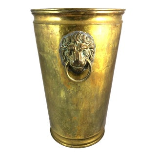 1900s Victorian Hammered Brass Umbrella Stand With Lion Handles For Sale