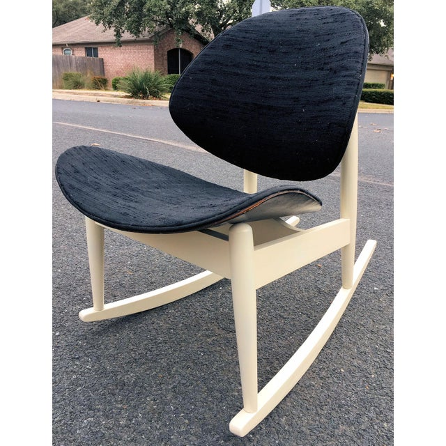 """1960s Vintage Kodawood """"Oyster"""" Rocking Chair For Sale In Austin - Image 6 of 6"""