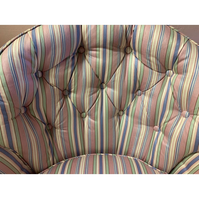 Mid-Century Tufted Chintz Swivel Rocking Chair For Sale In Louisville - Image 6 of 7
