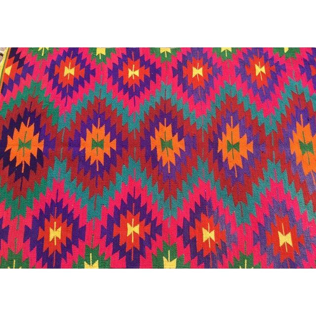 1960s Hot Pink Turkish Kilim Rug For Sale - Image 5 of 10