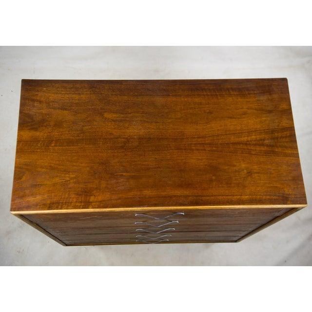 Altavista Lane Lane Mid-Century Modern Walnut 5 Drawer Dresser For Sale - Image 4 of 13