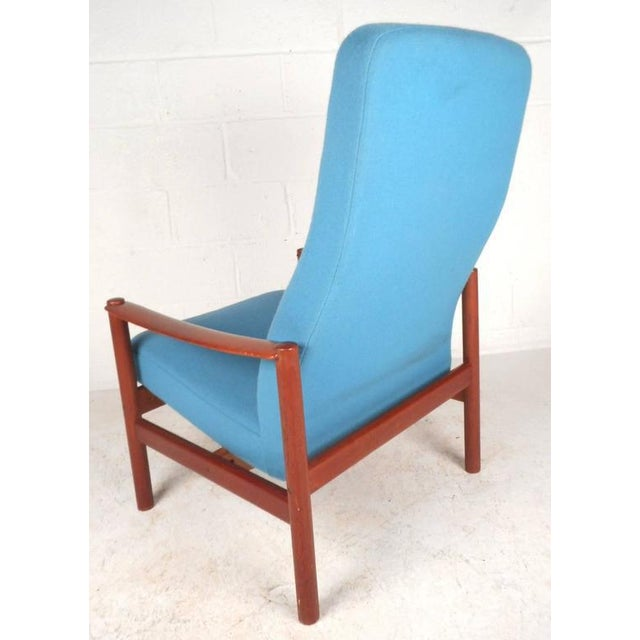 Mid-Century Modern Lounge Chair and Ottoman by Westnofa - Image 7 of 11