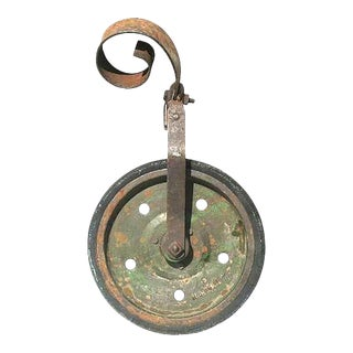 Rustic Vintage Green Farm Wheel For Sale