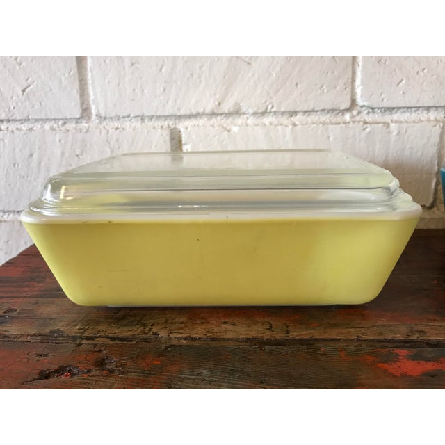 Pyrex Primary Color Refrigerator Dishes - 8 Pcs For Sale - Image 4 of 10