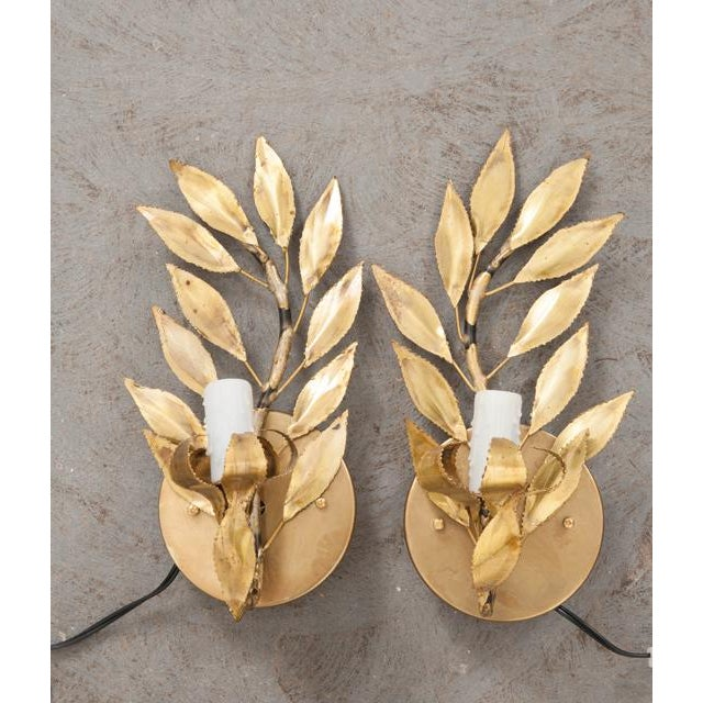 "Metal French Vintage Gilt-Brass Single-Arm ""Laurel Leaf"" Sconces - a Pair For Sale - Image 7 of 9"