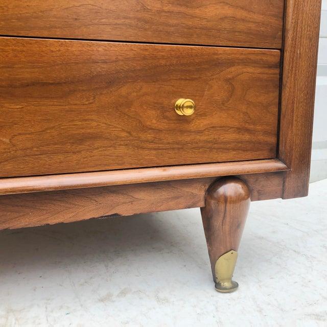 "Mid-Century Modern Highboy Dresser by Kent Coffey, ""The Berkeley"" For Sale - Image 12 of 13"