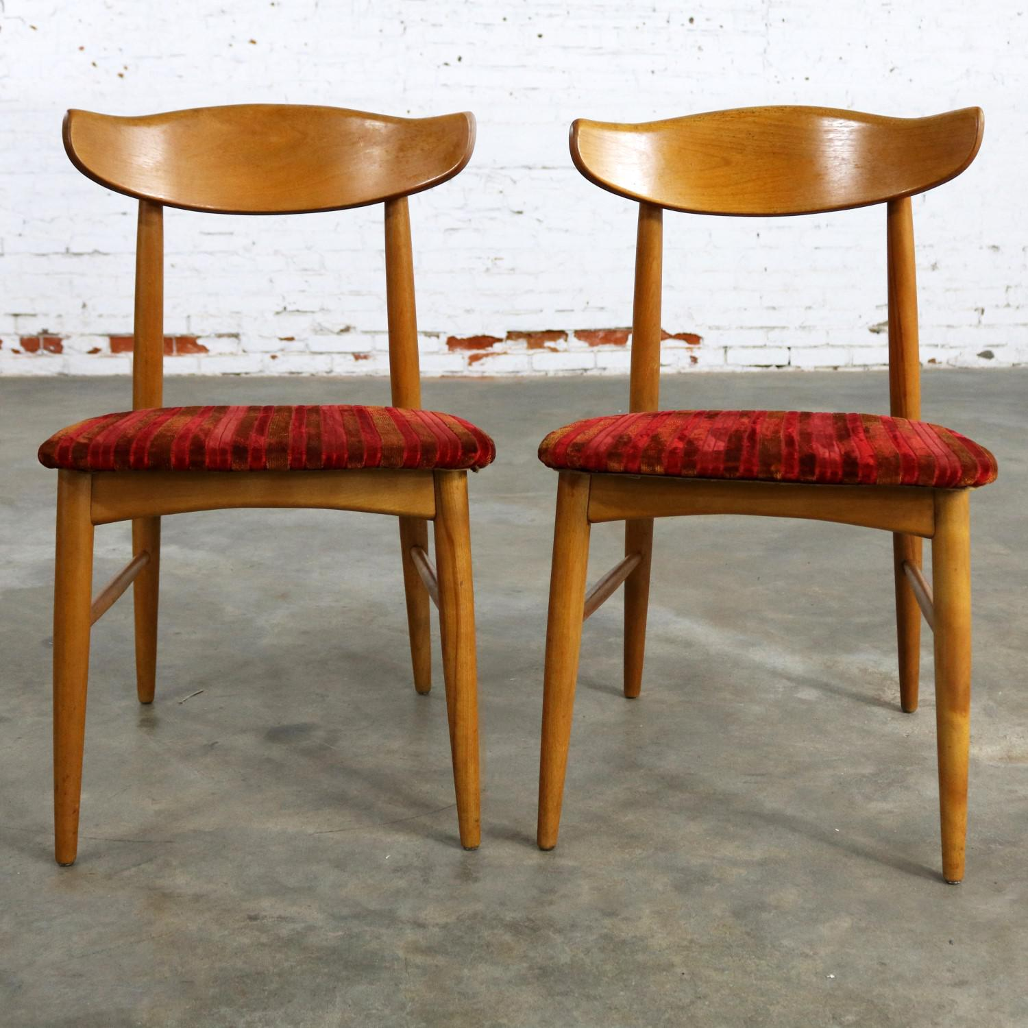Striking Pair Of Mid Century Modern Side Chairs From The Birchcraft  Collection By Baumritter And