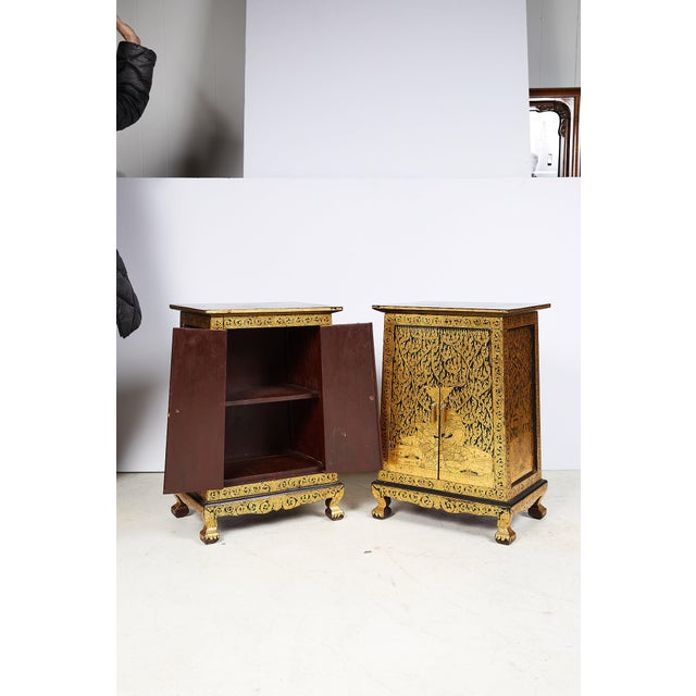 Pair of Thai Manuscript Cabinets of Lacquer and Gold Leaf, 20th Century For Sale - Image 4 of 13
