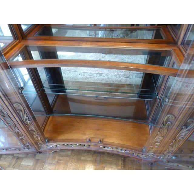 Henredon Alfresco Collection Concave Display Cabinet - Image 6 of 9