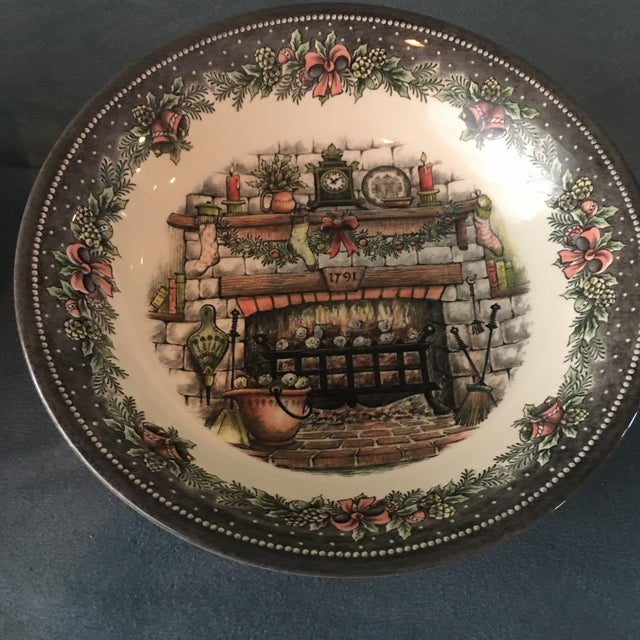 Vintage Holiday Royal Staffordshire Bowls - A Pair - Image 3 of 5